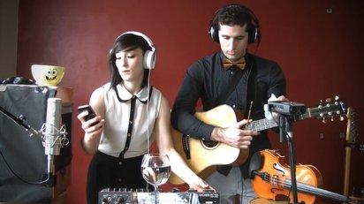 iPhoneの着信音「マリンバ」を使って演奏される楽しいループミュージック