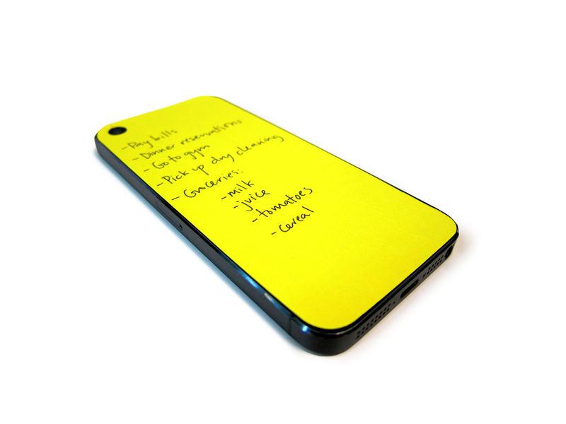 iPhoneの機体そのものをメモ代わりにしてしまう付箋紙『PAPERBACK』